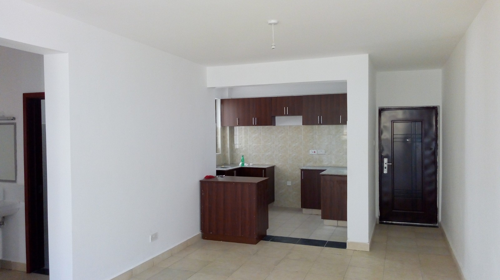 Mombasa Road: 3br Apartment To Let At Great Wall Estate
