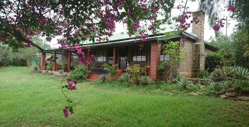 House to Let – spacious 3 bedroom cottage, master en-suite, Overlooking Nairobi National Park. Off Msa Rd